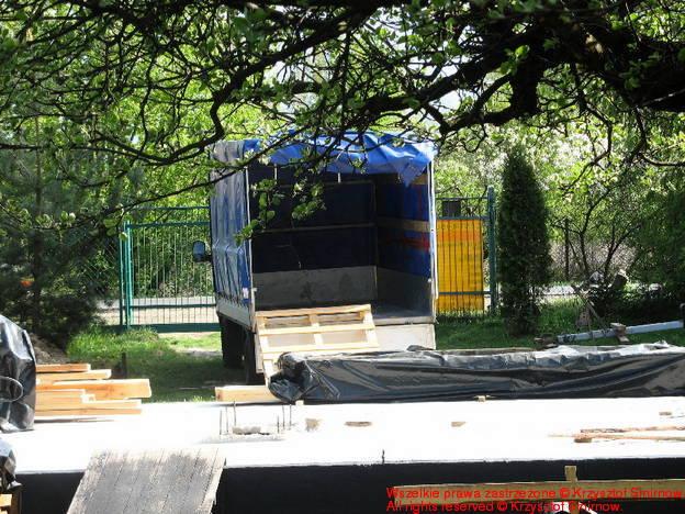 Pusta (już) ciężarówka