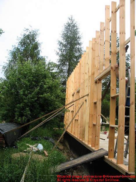 a tutaj drzwi balkonowe i wyjście na taras