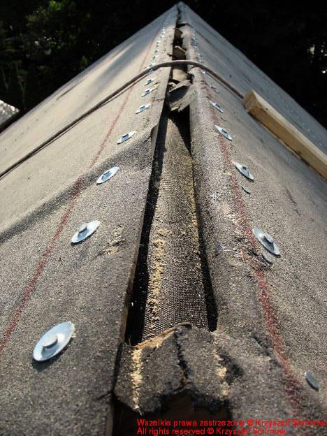 dziura w dachu dwa