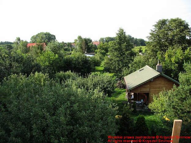 widok na działkę z dachu dwa