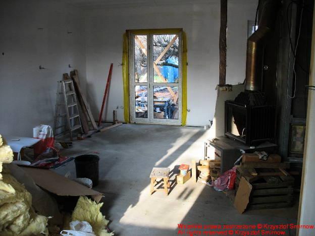 Drzwi balkonowe widok z salonu.