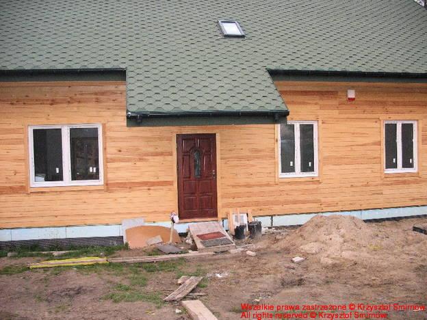 Elewacja południowa z gotowym dachem.